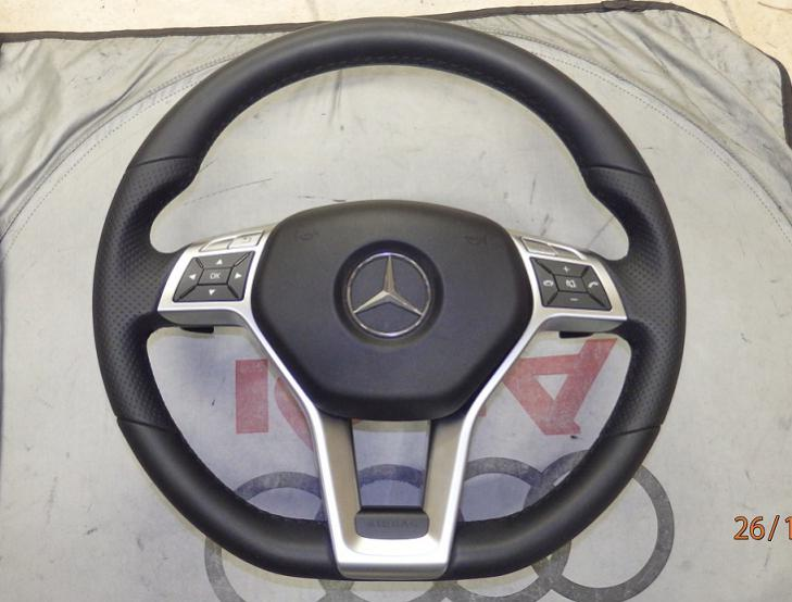 Facelift steering wheel to 2008 w204 doesnt work - Mercedes