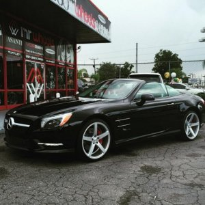 "Mercedes SL550 on 20"" Vosen CV3R's"