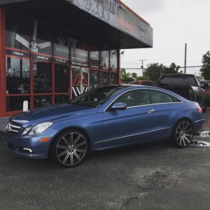 E350 on Vossen CV4's