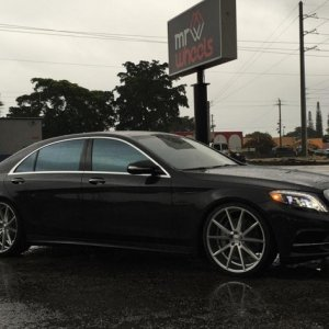 "S550 on 22"" VFS1's in silver polisgh"