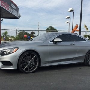 "2015 S550 coupe on 22"" Vossen VFS1's"